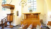 ARCHIEF - De Stulpkerk in Lage Vuursche waar a.s. vrijdag in besloten kring de begrafenis is van  Prins Friso. Na een dienst in de Stulpkerk in Lage Vuursche wordt de Prins begraven op de daarbij gelegen begraafplaats.<br /> <br /> The Stulp Church in Lage Vuursche where this Friday in private funeral is of Prince Friso. After service in the Church Stulp in Lage Vuursche the Prince buried in the cemetery located next to the church<br /> <br /> Op de foto / On the photo:  De Stulpkerk van binnen