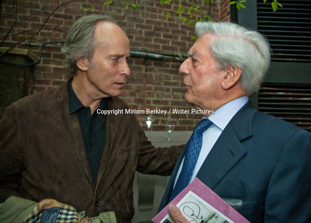 Richard Ford and Mario Vargas Llosa chats with his translator Edith Grossman at a party at the Instituto Cervantes during the 2008 PEN Conference in New York City, May 2, 2008.  <br /> <br /> Miriam Berkley / Writer Pictures<br /> Contact +44 (0)20 822 41564<br /> info@writerpictures.com<br /> www.writerpictures.com
