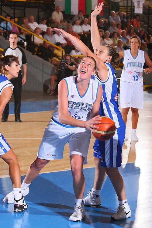 DESCRIZIONE : Bormio Torneo Internazionale Femminile Olga De Marzi Gola Italia Grecia <br /> GIOCATORE : Kathrin Ress <br /> SQUADRA : Nazionale Italia Donne Italy <br /> EVENTO : Torneo Internazionale Femminile Olga De Marzi Gola <br /> GARA : Italia Grecia Italy Greece <br /> DATA : 24/07/2008 <br /> CATEGORIA : Penetrazione <br /> SPORT : Pallacanestro <br /> AUTORE : Agenzia Ciamillo-Castoria/S.Silvestri <br /> Galleria : Fip Nazionali 2008 <br /> Fotonotizia : Bormio Torneo Internazionale Femminile Olga De Marzi Gola Italia Grecia <br /> Predefinita :