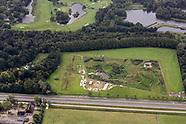 Middeleeuws bohurt toernooi tijdens Imaginarium-festival in Park Vijversburg in Tytsjerk