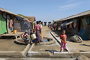 Access to water at the Say Tha Ma Gyi Camp near Sittwe. 2015-02-05.