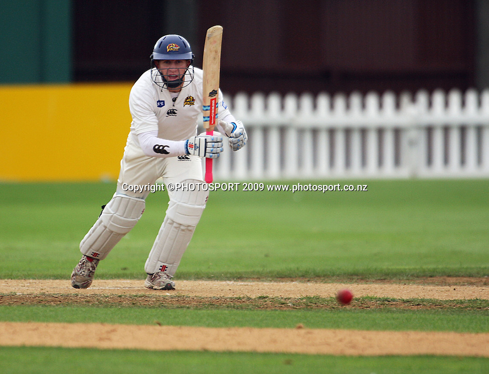 Otago captain Craig Cumming.<br /> State Championship cricket - Wellington Firebirds v Otago Volts. Allied Prime Basin Reserve, Wellington. Sunday, 22 March 2009. Photo: Dave Lintott/PHOTOSPORT