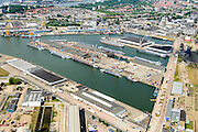 Nederland, Zuid-Holland, Gemeente Rotterdam, 10-06-2015; Merwehaven, stukgoedhaven. Overslag en opslag van fruit.<br /> Merwe harbour, cargo port. Handling and storage of fruit.<br /> luchtfoto (toeslag op standard tarieven);<br /> aerial photo (additional fee required);<br /> copyright foto/photo Siebe Swart