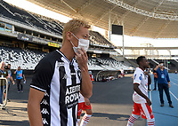 Rio de Janeiro- Brazil, March 15, 2020, soccer players from the Botafogo team, enter the field with masks, to remember the importance of preventing coronavirus (covid-19) (Photo by André Durão   Swe Press Photo)