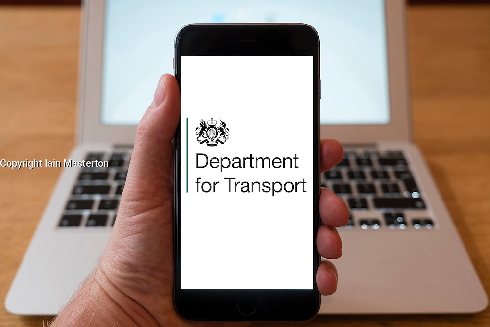 Using iPhone smartphone to display logo of UK Department of Transport