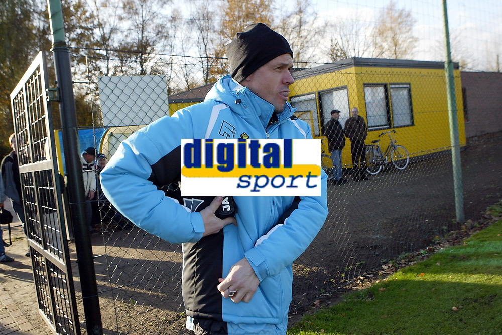 Fotball<br /> Belgia<br /> Foto: PhotoNews/Digitalsport<br /> NORWAY ONLY<br /> <br /> LIER 22/11/2006<br /> SPORT / FOOTBALL / VOETBAL<br /> TRAINING SK LIERSE - KJETIL REKDAL