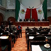 TOLUCA, México.- Con ausencia de más de 15 diputados, inició el sexto periodo de sesiones en la Legislatura del Estado de México. Agencia MVT / Crisanta Espinosa. (DIGITAL)