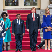 NLD/Den Haag/20170519 - Koning Willem Alexander en Koningin Maxima Ontvangen Presidentspaar Mozambique, Koning Willem-Alexander en Koningin Maxima en president Filipe Nyusi, en de first lady  Isaura Nyusi