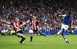 Lucas Joao of Sheffield Wednesday scores the equalising goal to make it 2-2 - Mandatory by-line:  Matt McNulty/JMP - 24/09/2017 - FOOTBALL - Hillsborough - Sheffield, England - Sheffield Wednesday v Sheffield United - Sky Bet Championship
