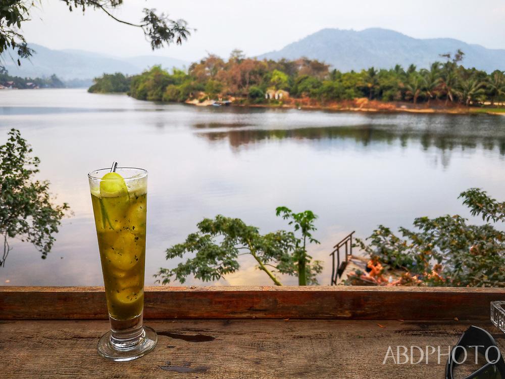 smacap_Bright Kampot Cambodia Praek Tuek Chhu river