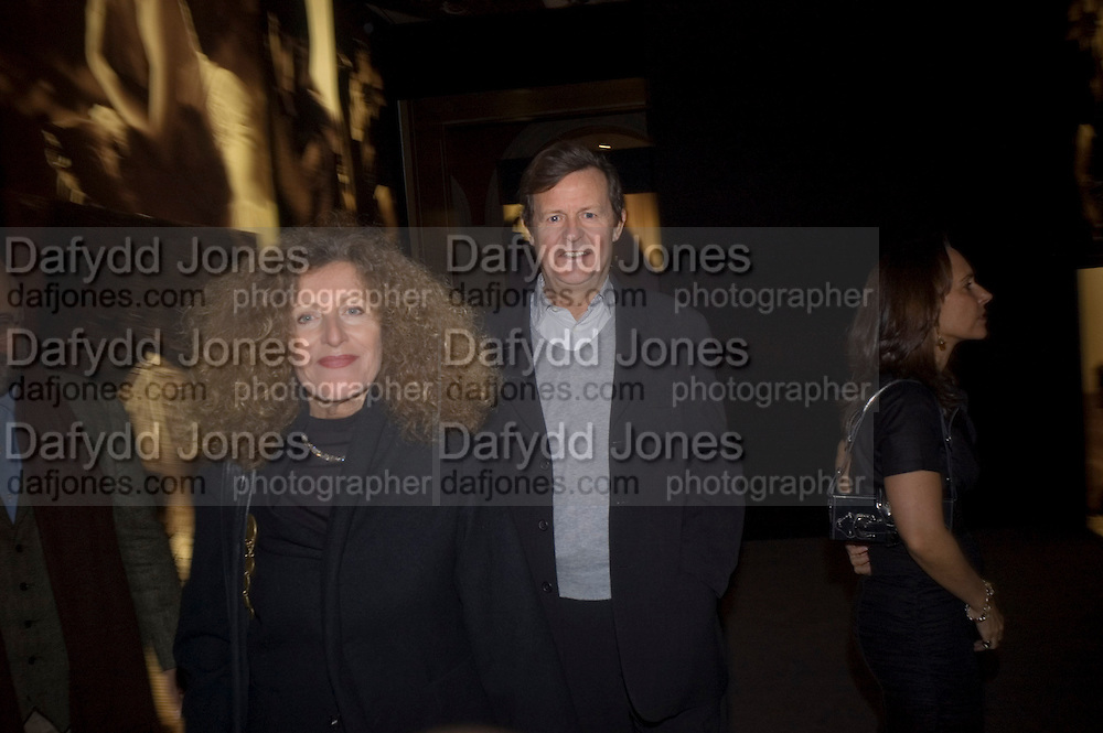 NICOLE FAHRI AND DAVID HARE, Vanity Fair Portraits: Photographs 1913-2008. Hosted by Burberry and Vanity Fair. National Portrait Gallery. London. 9 February 2008.  *** Local Caption *** -DO NOT ARCHIVE-© Copyright Photograph by Dafydd Jones. 248 Clapham Rd. London SW9 0PZ. Tel 0207 820 0771. www.dafjones.com.