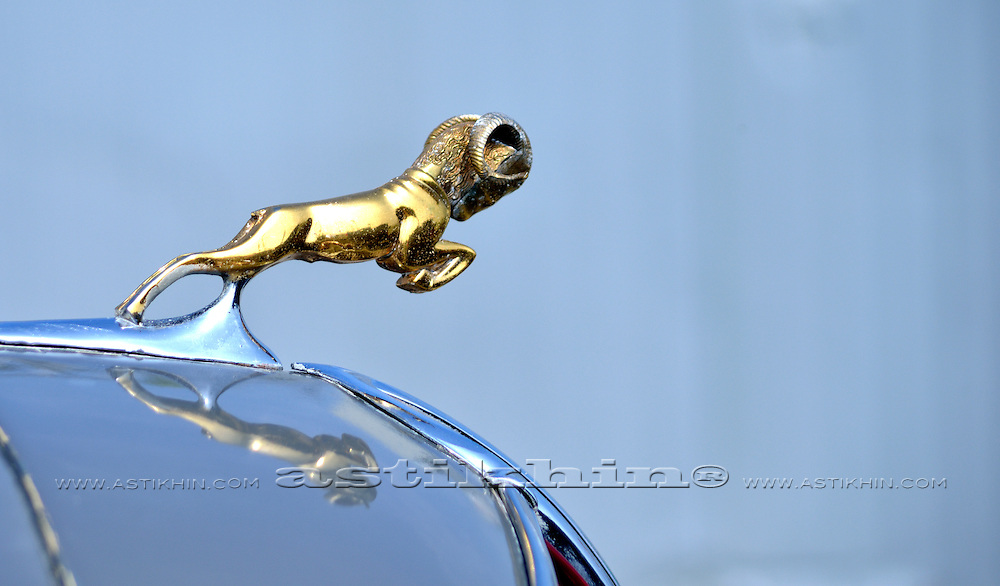 Dodge hood ornament.