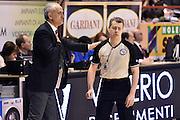 DESCRIZIONE : Pistoia Lega A 2015-2016 Giorgio Tesi Group Pistoia Vanoli Cremona<br /> GIOCATORE : arbitro Alessandro Martolini Cesare Pancotto<br /> CATEGORIA : allenatore fairplay arbitro<br /> SQUADRA : arbitro Vanoli Cremona<br /> EVENTO : Campionato Lega A 2015-2016<br /> GARA : Giorgio Tesi Group Pistoia Vanoli Cremona<br /> DATA : 13/03/2016<br /> SPORT : Pallacanestro<br /> AUTORE : Agenzia Ciamillo-Castoria/Max.Ceretti<br /> GALLERIA : Lega Basket A 2014-2015<br /> FOTONOTIZIA : Pistoia Lega A 2015-2016 Giorgio Tesi Group Pistoia Vanoli Cremona<br /> PREDEFINITA :
