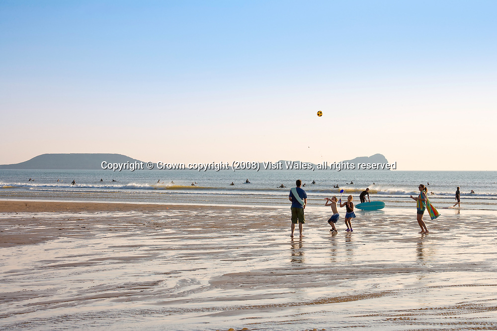 Young family day at the beach<br /> Rhossili Beach &amp; Worm's Head<br /> Gower Peninsula<br /> South<br /> Summer<br /> Lifestyle<br /> Model Photography