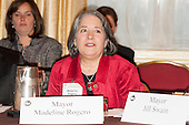 DC: Knoxville Mayor Rogero attends Mayors Conference