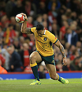 Israel Folau of Australia celebrates his try during the International Test Match match at the Millennium Stadium, Cardiff<br /> Picture by Michael Whitefoot/Focus Images Ltd 07969 898192<br /> 08/11/2014