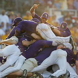 06-06 NCAA College World Series - Super Regional - Rice at LSU