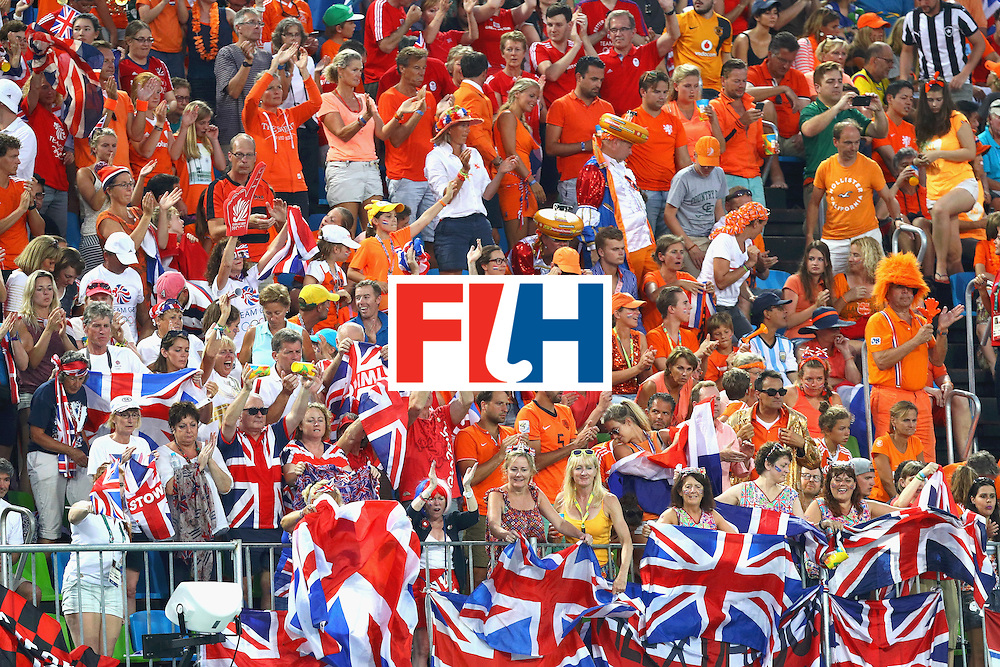 RIO DE JANEIRO, BRAZIL - AUGUST 19:  Fans cheer during the Women's Gold Medal Match between the Netherlands and Great Britain on Day 14 of the Rio 2016 Olympic Games at the Olympic Hockey Centre on August 19, 2016 in Rio de Janeiro, Brazil.  (Photo by Tom Pennington/Getty Images)