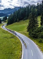 12.07.2019, Kitzbühel, AUT, Ö-Tour, Österreich Radrundfahrt, 6. Etappe, von Kitzbühel nach Kitzbüheler Horn (116,7 km), im Bild Feature, Landschaft, Tirol, Peloton bei der Huber Höhe // during 6th stage from Kitzbühel to Kitzbüheler Horn (116,7 km) of the 2019 Tour of Austria. Kitzbühel, Austria on 2019/07/12. EXPA Pictures © 2019, PhotoCredit: EXPA/ JFK