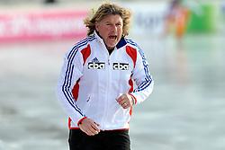 08-01-2012 SCHAATSEN: EC ALLROUND: BUDAPEST<br /> 1500 meter men / Coach Peter Muller<br /> ©2012-FotoHoogendoorn.nl