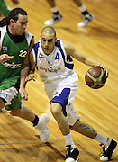 Lindsay Tait in action during the NBL basketball match between the Youthtown Auckland Stars and the Manawatu Jets at the ASB Stadium, Auckland, New Zealand on Thursday 5 April 2007. Photo: Hannah Johnston/PHOTOSPORT<br /> <br /> <br /> <br /> 050407