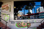 Fachadas de restaurantes ubicados en Via Argentina, Ciudad de Panamá. Panamá, 27 de septiembre de 2011. (Victoria Murillo/Istmophoto)