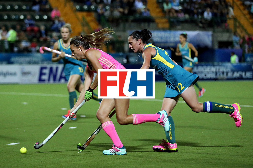 ROSARIO, ARGENTINA - DECEMBER 06: Delfina Merino of Argentina is chased by Madonna Blyth of Australia during Day 2 of the Hockey World League Final Rosario 2015 at El Estadio Mundialista on December 6, 2015 in Rosario, Argentina. (Photo by Chris Brunskill/Getty Images) *** Local caption *** Delfina Merino; Madonna Blyth