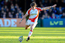 Dragons Fly-Half (#10) Steffan Jones kicks a Penalty during the first half of the match - Photo mandatory by-line: Rogan Thomson/JMP - Tel: Mobile: 07966 386802 09/11/2012 - SPORT - RUGBY - The Recreation Ground - Bath. Bath v Newport Gwent Dragons  - LV= Cup