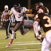 Lauren Wood | Buy at photos.djournal.com<br /> Itawamba quarterback Austin King runs the ball during Friday night's game at Pontotoc.