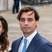 NLD/Den Haag/20190917 - Prinsjesdag 2019, Thierry Baudet van FvD arriveert samen met zijn vriendin Davide Heijmans
