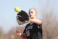 Women's NCAA Division III Softball:<br /> Macalester vs. Augsburg