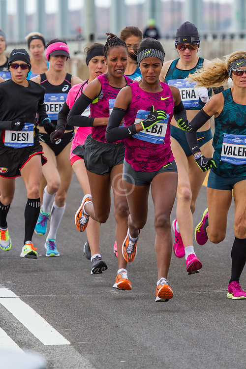 NYC Marathon, Deba leads on Verazano-Narrows bridge