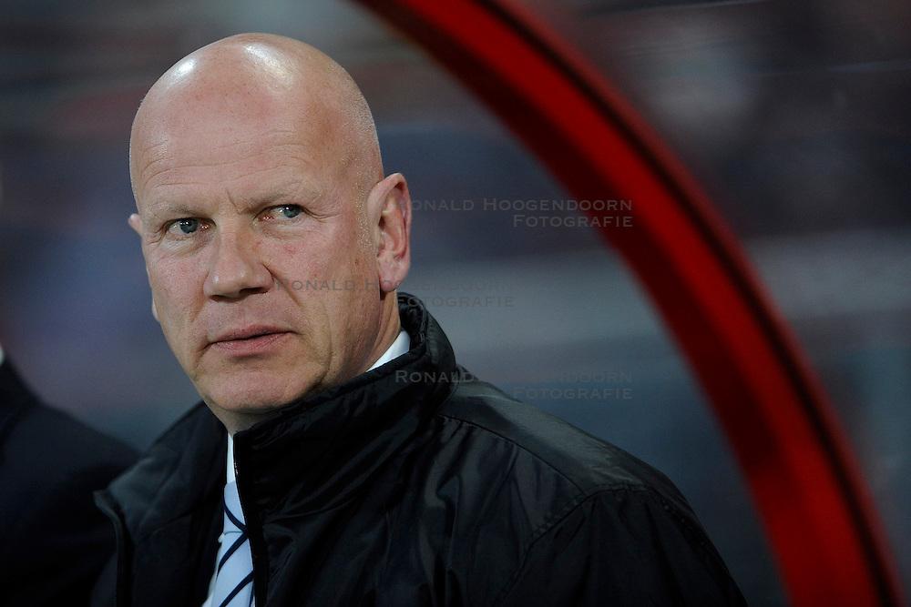 14-04-2010 VOETBAL: FC UTRECHT - FC GRONINGEN: UTRECHT<br /> Ton du Chatinier<br /> &copy;2010-WWW.FOTOHOOGENDOORN.NL