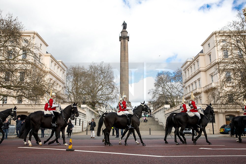 © Licensed to London News Pictures. 16/04/2018. London, UK. Changing of the Guard, as the Commonwealth Heads of Government Meeting London 2018 takes place. There is a high level of security in Central London due to the meetings. Photo credit : Tom Nicholson/LNP