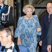 NLD/Amsterdam/20150625 -Aankomst Koninklijke Familie bij symposium Clean Energy, vertrek prinses Beatrix