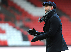Bristol City head coach Lee Johnson  thanks fans at the full time whistle - Mandatory by-line: Nizaam Jones/JMP - 17/03/2018 - FOOTBALL - Ashton Gate Stadium- Bristol, England - Bristol City v Ipswich Town - Sky Bet Championship