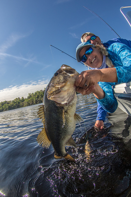 Catch-and-release bass fishing with bass online.com