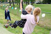 Prinses Beatrix bezoekt nationale Buitenspeeldag Jantje Beton