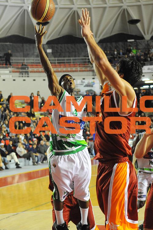DESCRIZIONE : Roma Lega A 2011-12 Acea Virtus Roma Sidigas Avellino<br /> GIOCATORE : Marques Green<br /> CATEGORIA : tiro penetrazione<br /> SQUADRA : Sidigas Avellino<br /> EVENTO : Campionato Lega A 2011-2012<br /> GARA : Acea Virtus Roma Sidigas Avellino<br /> DATA : 18/12/2011<br /> SPORT : Pallacanestro<br /> AUTORE : Agenzia Ciamillo-Castoria/GabrieleCiamillo<br /> Galleria : Lega Basket A 2011-2012<br /> Fotonotizia : Roma Lega A 2011-12 Acea Virtus Roma Sidigas Avellino<br /> Predefinita :