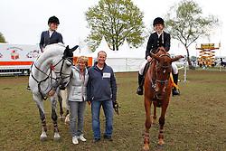 Van den Brink Dennis & Van den Brink Stefanie<br /> Nederlands Kampioenschap Springen CH Mierlo 2010<br /> © Hippo Foto - Leanjo de Koster