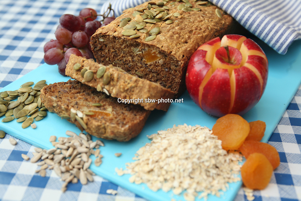 Mornflake. Recipe photos. Oats, Oat bread.