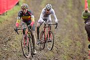 BELGIUM / NAMEN / NAMUR / CYCLING / WIELRENNEN / CYCLISME / CYCLOCROSS / CYCLO-CROSS / VELDRIJDEN / WERELDBEKER / WORLD CUP / COUPE DU MONDE / U23 / (L-R) LAURENS SWEECK (BEL) / MATHIEU VAN DER POEL (NED) /