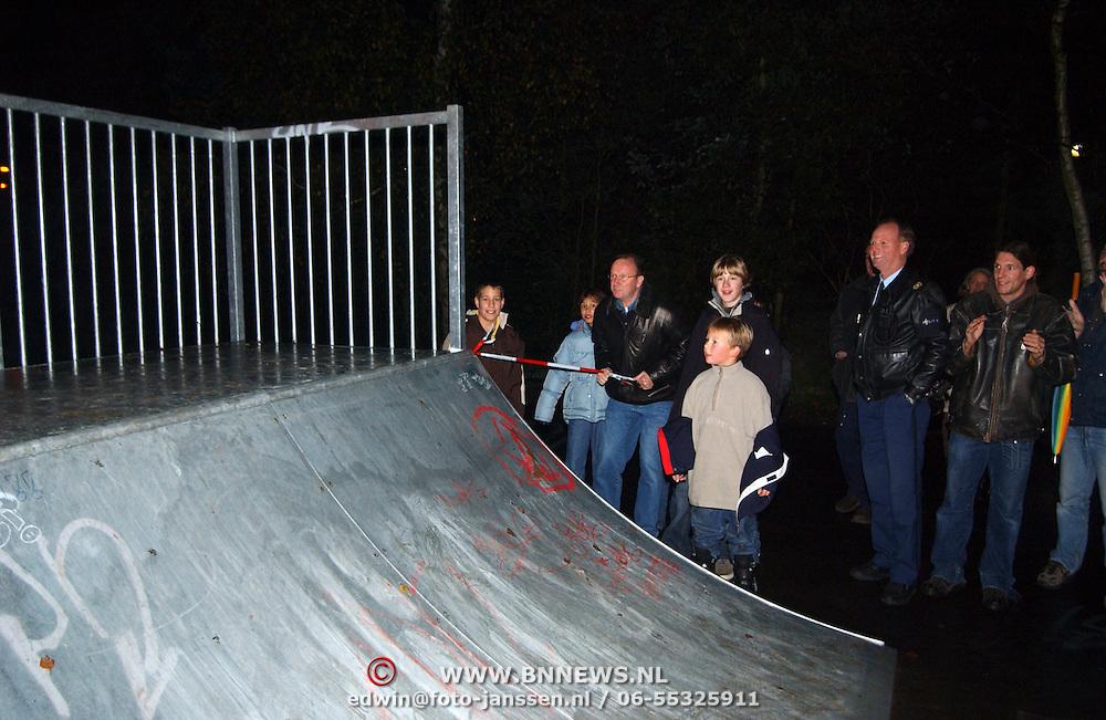 Opening jongeren hangplek Stichtseweg Blaricum door wethouder Bert Jansen