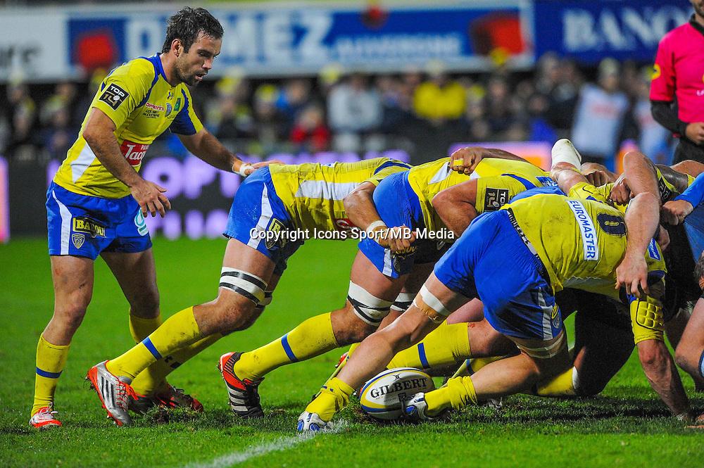 Morgan Parra  - 20.12.2014 - Clermont / Castres - 13eme journee de Top 14 -<br /> Photo : Jean Paul Thomas / Icon Sport