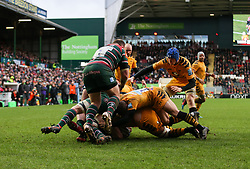 Wasps players drive to the try line - Mandatory by-line: Arron Gent/JMP - 15/02/2020 - RUGBY - Welford Road Stadium - Leicester, England - Leicester Tigers v Wasps - Gallagher Premiership Rugby