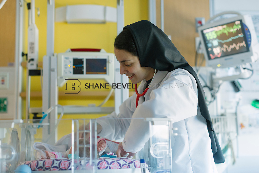 9/29/16 9:26:40 AM --  Sister Mary on rotation at The Children's Hospital NICU. <br /> <br /> Photo by Shane Bevel