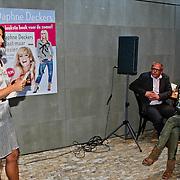 """NLD/Amsterdam/20100614 - Boekpresentatie Daphne Deckers """" Laat Maar Waaien"""","""