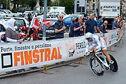 Cancellara at 400 meters away from winning the 2011 Tour de Suiss prologue.