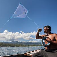 Pêche au cerf-volant sur l'île de Pantar