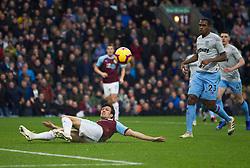 Jack Cork of Burnley misses a scoring opportunity - Mandatory by-line: Jack Phillips/JMP - 30/12/2018 - FOOTBALL - Turf Moor - Burnley, England - Burnley v West Ham United - {event}